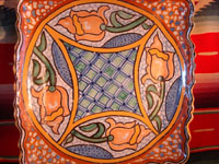 Mexican vintage pottery and ceramics, a ceramic Talavera tray from Puebla, c. 1960's. Another angle of the tray.
