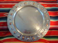 Mexican vintage tin-art or tinwork art, a large tin tray with copper, c. 1950. The tray itself is surrounded by punched-out bolitas or balls, with alternating tin and copper composition. Main photo of tin-art tray.