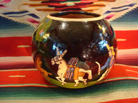 Mexican vintage pottery and ceramics, and Mexican vintage folk art, a pottery bowl or tecomate with wonderful rural scenes on blackware, from Tlaquepaque, Jalisco, c. 1930. Main photo.