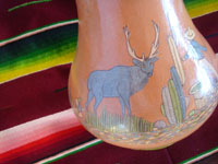 Mexican vintage pottery and ceramics, a beautiful pottery vase with very fine artwork decoration, Tlaquepaque or Tonala, Jalisco, c. 1930's. Another closeup photo of the Arias vase from Tlaquepaque.