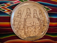 Mexican pottery and ceramics, a wonderful charger from Tzintzuntzan, Michoacan, on the shores of Lake Patzcuaro, c. 1990. Main photo.