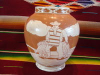 Mexican vintage pottery and ceramics, a pottery vase with lovely background glazing in two colors, and with very beautiful hand-painted scenes, attributed to the famous Jimenez family, Oaxaca, c. 1930's. Photo of the second side of the vase with a scene of a Mexican peasant.