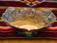 Mexican vintage pottery and ceramics, a beautiful Mexican majolica bowl (Mexican drip-ware, or losa goteada), with a wonderful color pattern, Oaxaca, c. 1930's.  A view of the pottery bowl from Oaxaca, shot from above the bowl looking down.