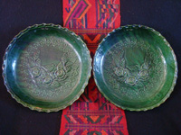 Mexican vintage pottery and ceramics, a pair of very lovely chargers, with incredibly fine artwork, from Oaxaca, c. 1930. Main photo of the Oaxaca chargers.