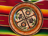 Mexican vintage pottery and ceramics, a wonderful petatillo plate, Tonala, c. 1940's. Main photo.