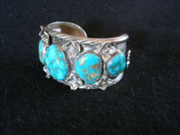 Native American Indian sterling silver jewelry, and Navajo sterling silver jewelry, a beautiful Navajo silver bracelet with spectacular turquoise and excellent silver work, Navajo (Arizona or New Mexico), c. 1960's. Photo showing the second side of the Navajo silver and turquoise bracelet.