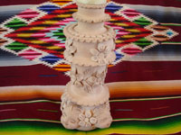 Mexican vintage pottery and cermics, and Mexican vintage folk-art, a pottery candleholder from Santa Maria Atzompa, Oaxaca, c. 1960. Photo showing the floral designs on the side.
