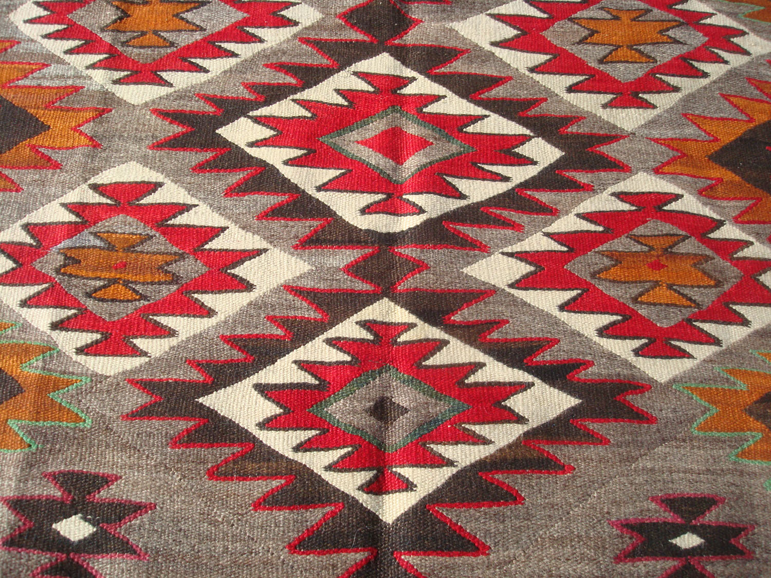 Mexican Red Cross >> Native American Indian and Navajo Rugs and Textiles at ...