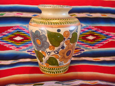 Mexican vintage pottery and ceramics, a beautiful pottery vase with lovely floral decorations, Tlaquepaque, Jalisco, c. 1930's.